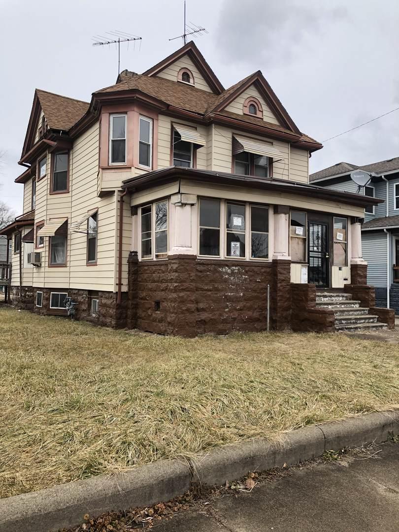 615 Benton Street - Photo 1