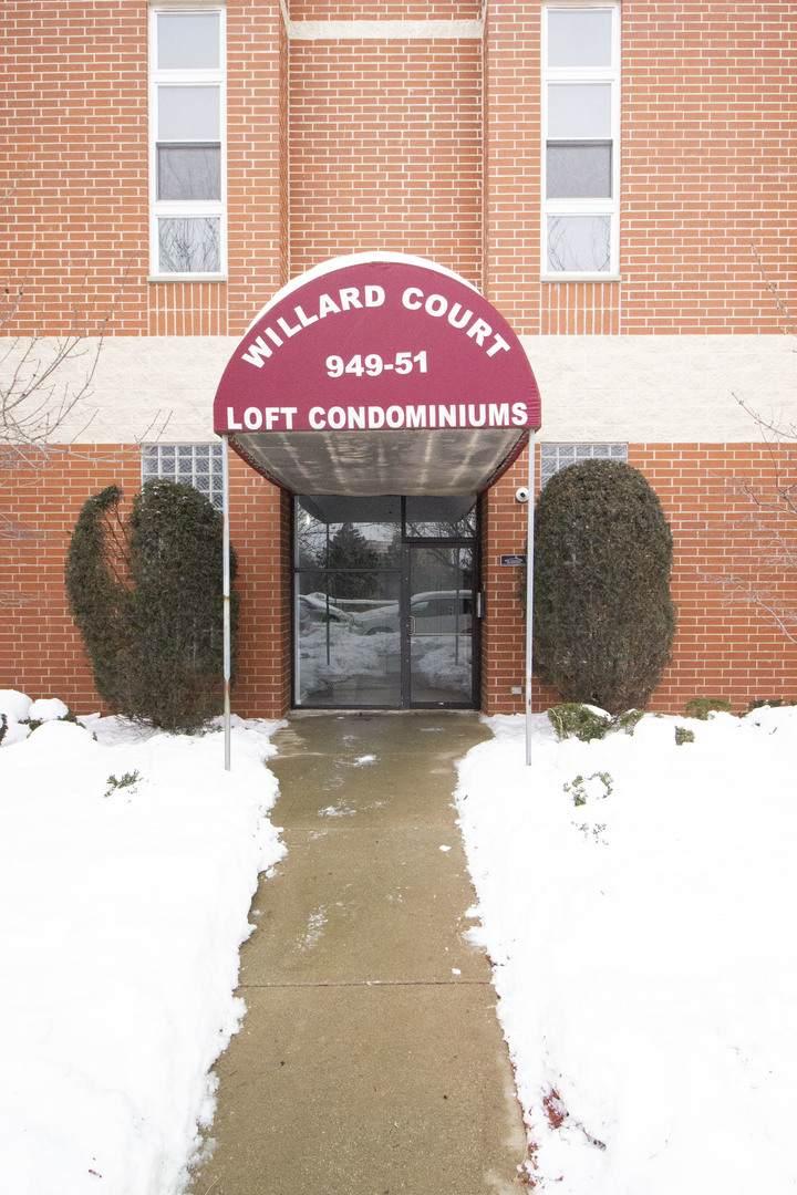 949 Willard Court - Photo 1