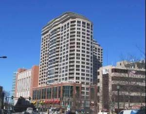 807 Davis Street #1503, Evanston, IL 60201 (MLS #10990821) :: The Dena Furlow Team - Keller Williams Realty