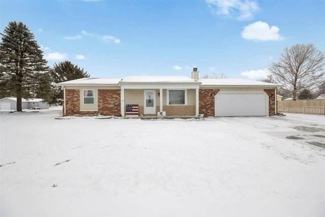 1301 Peters Drive, ST. JOSEPH, IL 61873 (MLS #10992953) :: Ryan Dallas Real Estate