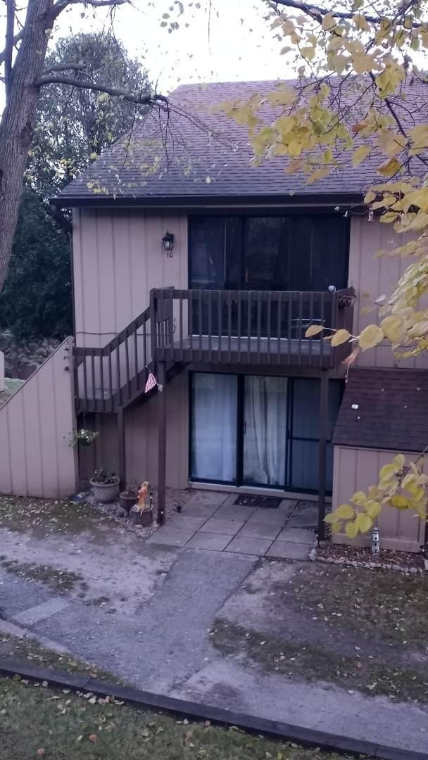 37 Bermuda Colony #10, Fox Lake, IL 60020 (MLS #10995375) :: Jacqui Miller Homes