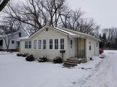 204 Thompson Street, Urbana, IL 61801 (MLS #10995376) :: The Dena Furlow Team - Keller Williams Realty