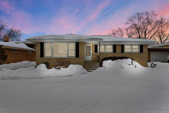 16543 Cottage Grove Avenue, South Holland, IL 60473 (MLS #10996393) :: The Dena Furlow Team - Keller Williams Realty