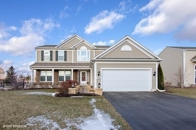 3518 Crestwood Lane, Carpentersville, IL 60110 (MLS #11000288) :: Suburban Life Realty