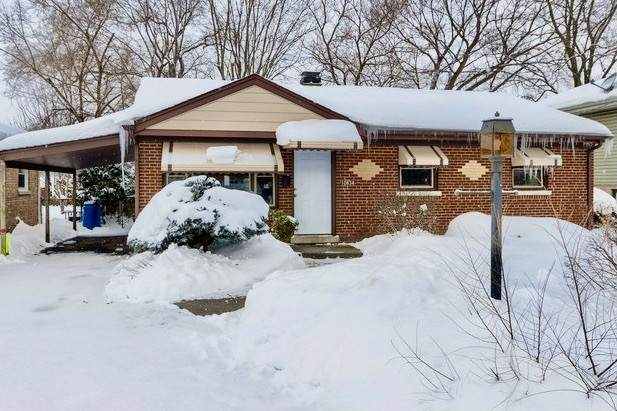 10834 S Neenah Avenue, Worth, IL 60482 (MLS #11001538) :: Janet Jurich