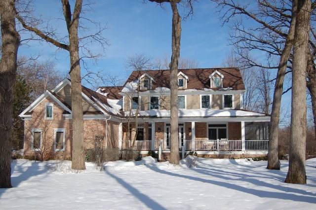 398 Brookmont, North Barrington, IL 60010 (MLS #11004677) :: Touchstone Group