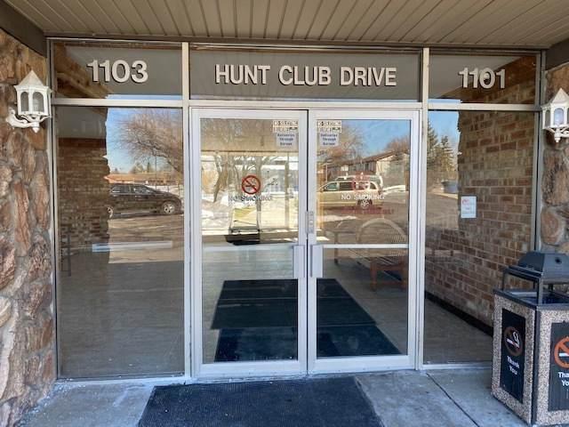 1103 S Hunt Club Drive #321, Mount Prospect, IL 60056 (MLS #11004973) :: Helen Oliveri Real Estate