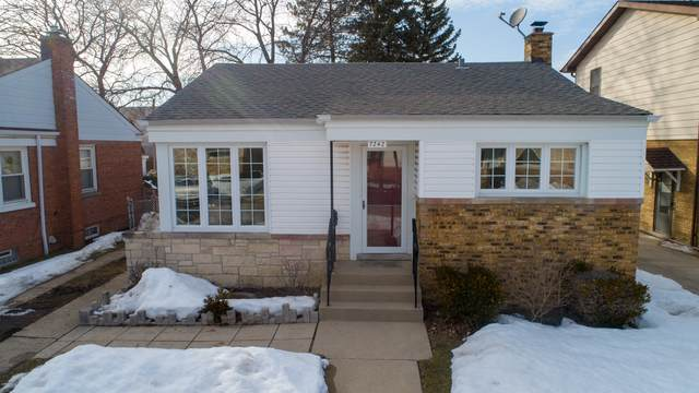 7242 N Meade Avenue, Chicago, IL 60646 (MLS #11005126) :: RE/MAX Next