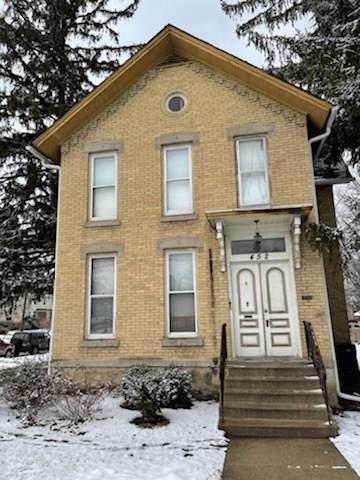 452 E Chicago Street, Elgin, IL 60120 (MLS #11005179) :: RE/MAX Next