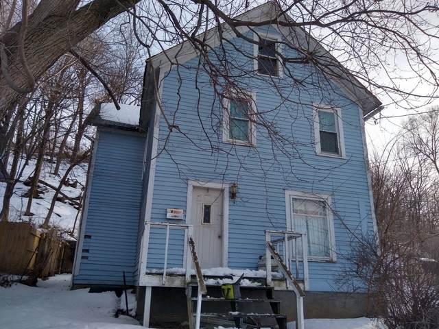 2408 7th Avenue, Moline, IL 61265 (MLS #11005417) :: Helen Oliveri Real Estate