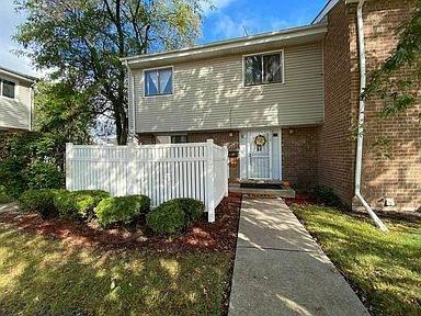 878 White Oak Lane, University Park, IL 60484 (MLS #11006138) :: Ani Real Estate