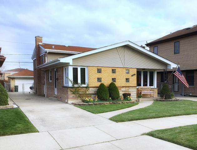 8639 S Tripp Avenue, Chicago, IL 60652 (MLS #11008492) :: Janet Jurich