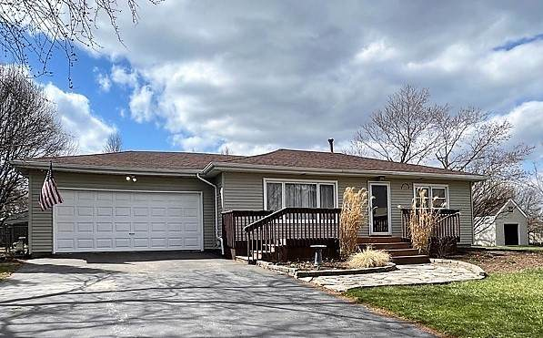 8324 S 83rd Court, Hickory Hills, IL 60457 (MLS #11008510) :: RE/MAX IMPACT