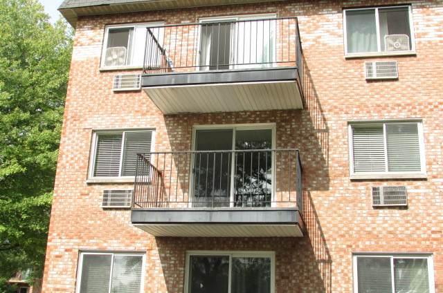 1001 Mill Street #212, Naperville, IL 60563 (MLS #11010900) :: Charles Rutenberg Realty