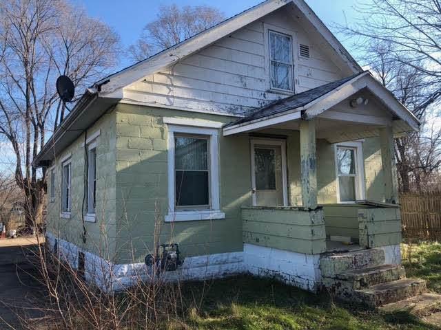 121 Elmo Avenue, South Beloit, IL 61080 (MLS #11010988) :: Charles Rutenberg Realty