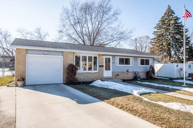 2737 Varonen Avenue, Waukegan, IL 60087 (MLS #11010992) :: Charles Rutenberg Realty