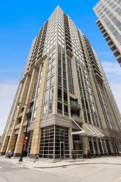700 N Larrabee Street #1409, Chicago, IL 60654 (MLS #11011694) :: Helen Oliveri Real Estate