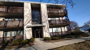 7550 Briartree Lane #414, Burbank, IL 60459 (MLS #11012587) :: Ryan Dallas Real Estate