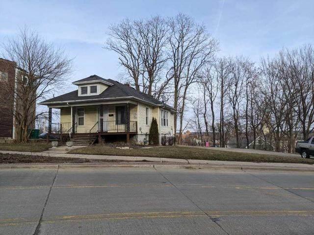 410 N Center Street, Joliet, IL 60435 (MLS #11013501) :: The Dena Furlow Team - Keller Williams Realty