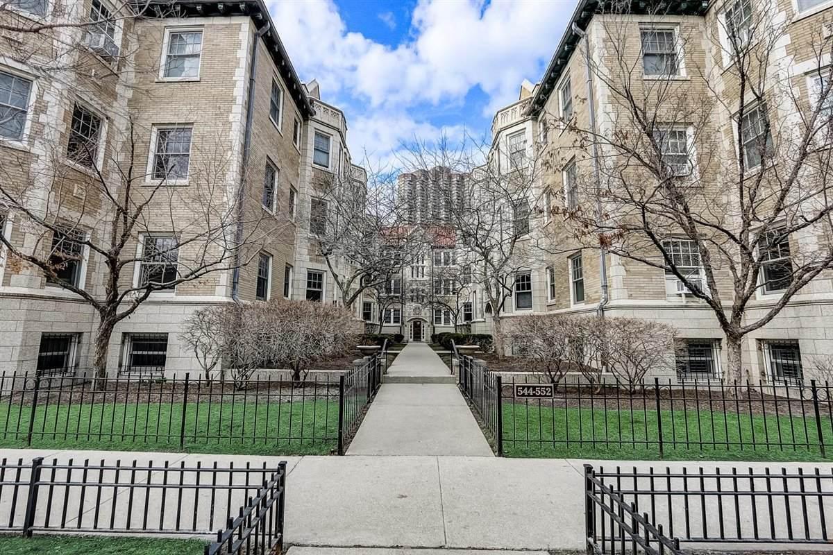 550 Brompton Avenue - Photo 1