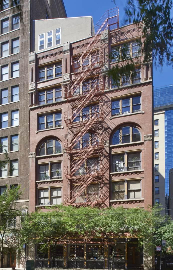 714 Dearborn Street - Photo 1