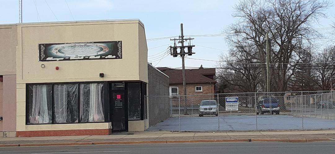 1605 Roosevelt Road - Photo 1