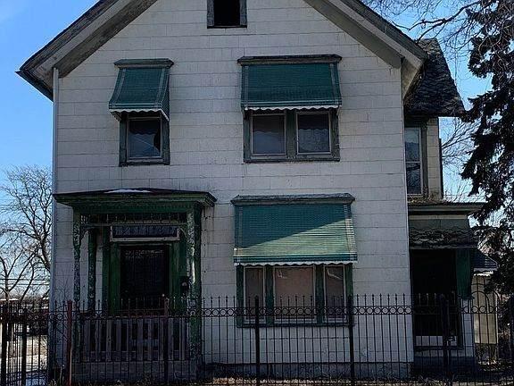 11701 Vincennes Avenue - Photo 1