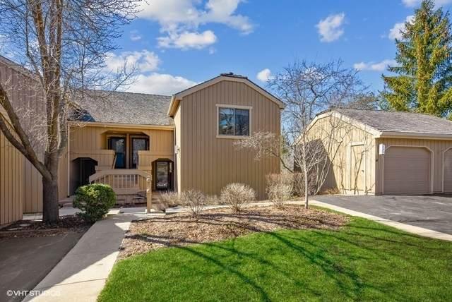 306 Hickory Lane D, Lake Barrington, IL 60010 (MLS #11020075) :: Helen Oliveri Real Estate