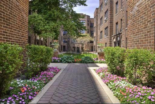 632 Addison Street - Photo 1