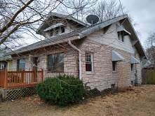 217 W Saint Louis Avenue, East Alton, IL 62024 (MLS #11024639) :: Helen Oliveri Real Estate