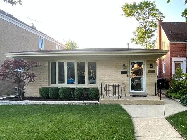6137 N Lenox Avenue, Chicago, IL 60646 (MLS #11031576) :: RE/MAX IMPACT