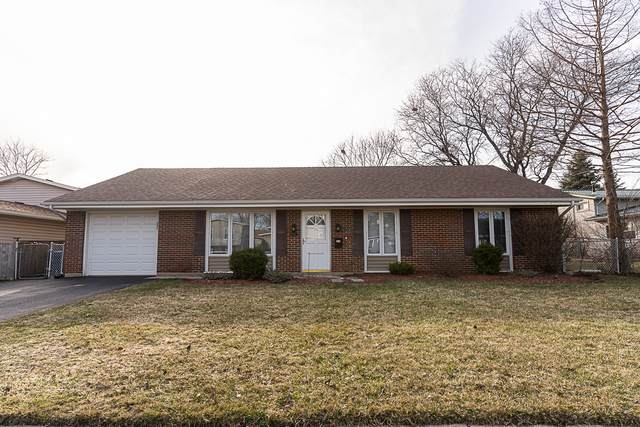 8090 Carlisle Drive, Hanover Park, IL 60133 (MLS #11031676) :: Helen Oliveri Real Estate