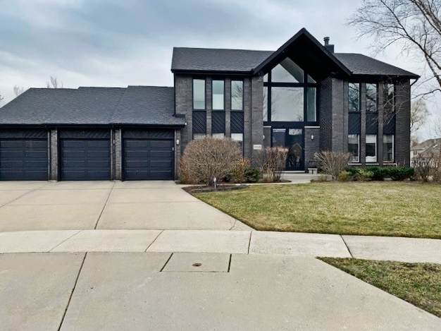 2018 Sheridan Court, Buffalo Grove, IL 60089 (MLS #11039328) :: Helen Oliveri Real Estate