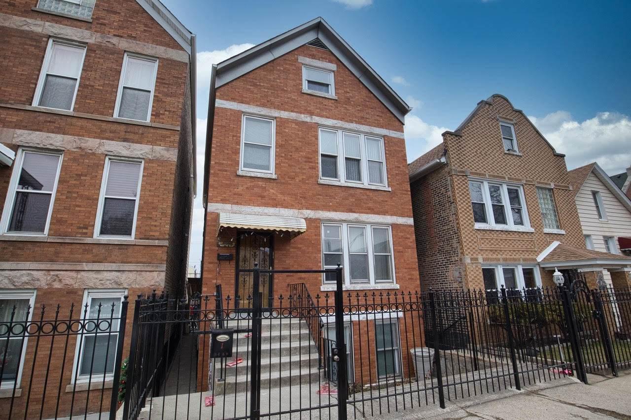 3640 Marshfield Avenue - Photo 1
