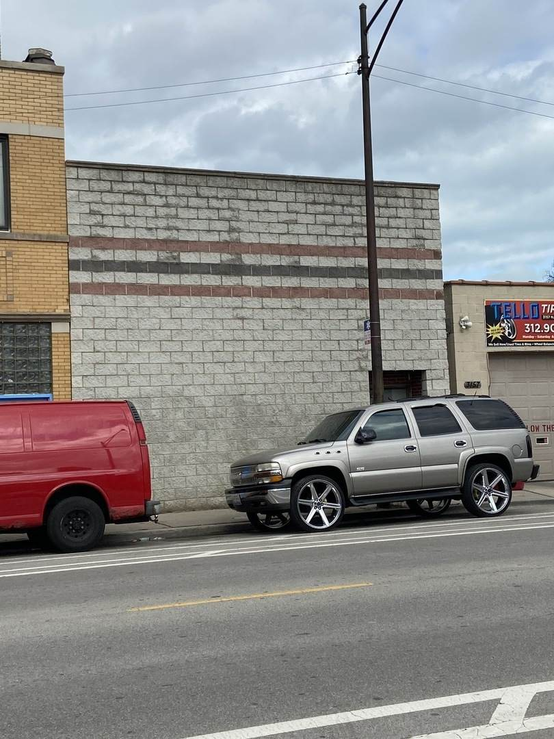 3159 Elston Avenue - Photo 1
