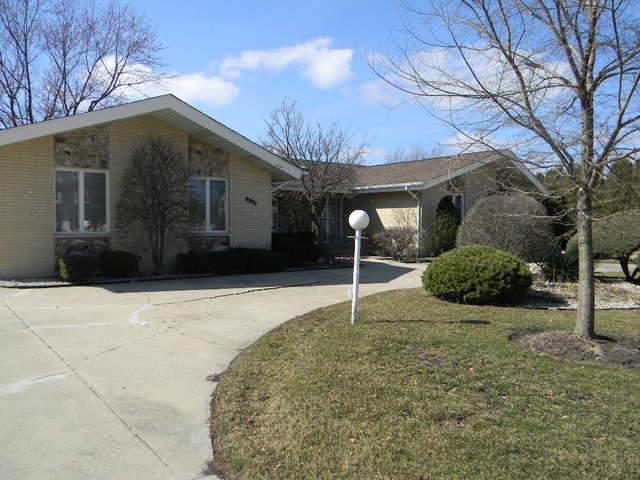 272 Cardinal Drive, Bloomingdale, IL 60108 (MLS #11041563) :: RE/MAX IMPACT