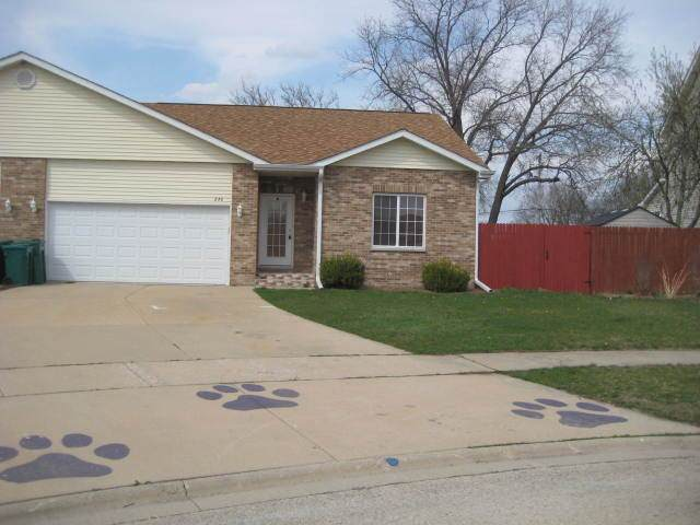 878 Waterford Court - Photo 1