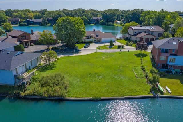 9693 Reding Circle, Des Plaines, IL 60016 (MLS #11043578) :: Helen Oliveri Real Estate