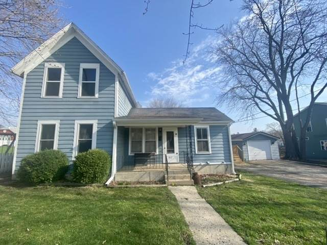 417 E Elm Street, Sycamore, IL 60178 (MLS #11044476) :: The Spaniak Team