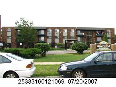 13711 S Stewart Avenue 11-A1W, Riverdale, IL 60827 (MLS #11046222) :: The Spaniak Team