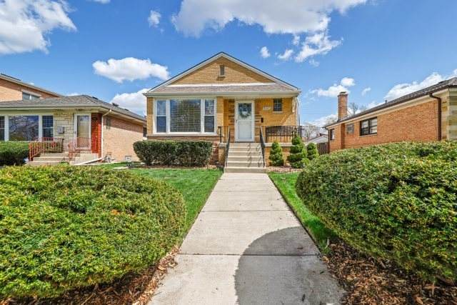 8045 N Ozark Avenue, Niles, IL 60714 (MLS #11046873) :: Helen Oliveri Real Estate
