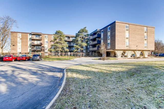 1321 S Finley Road #106, Lombard, IL 60148 (MLS #11049656) :: The Perotti Group