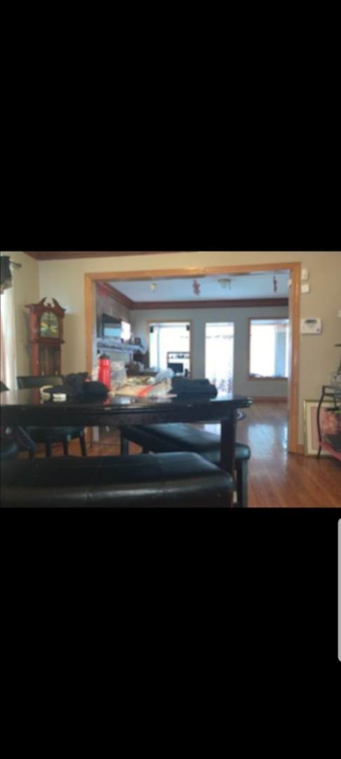 2470 E 74TH Place, Chicago, IL 60649 (MLS #11049773) :: Suburban Life Realty
