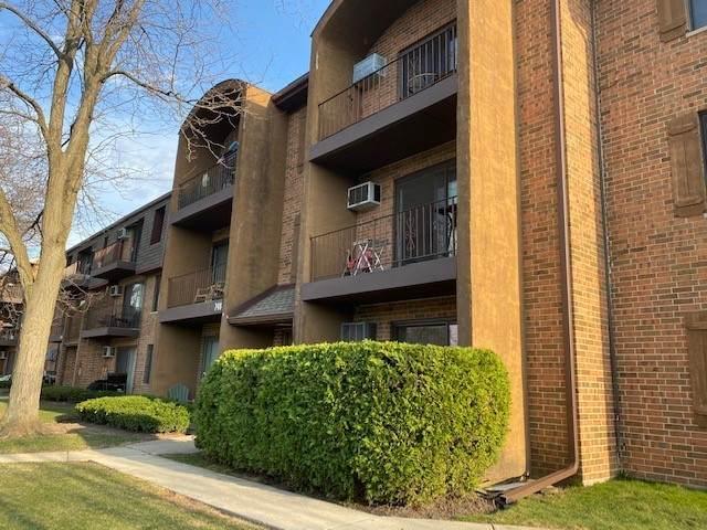 748 N Briar Hill Lane #4, Addison, IL 60101 (MLS #11052398) :: RE/MAX IMPACT