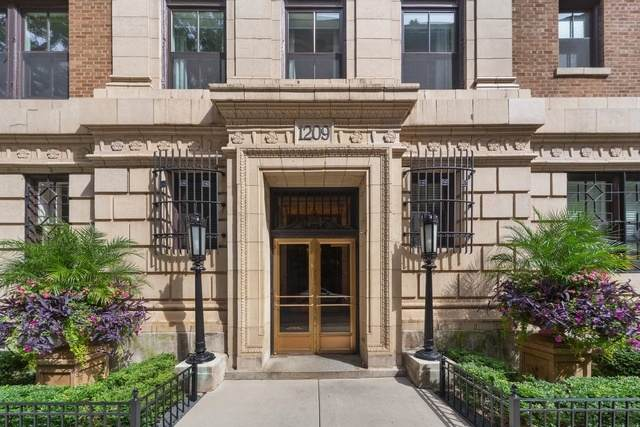 1209 N Astor Street 7S, Chicago, IL 60610 (MLS #11053543) :: Carolyn and Hillary Homes