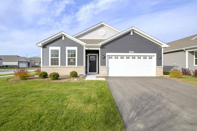1237 Redtail Circle, Woodstock, IL 60098 (MLS #11055303) :: Lewke Partners