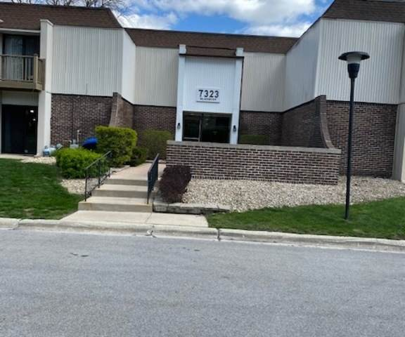 7323 Blackburn Avenue #204, Downers Grove, IL 60516 (MLS #11057264) :: RE/MAX IMPACT