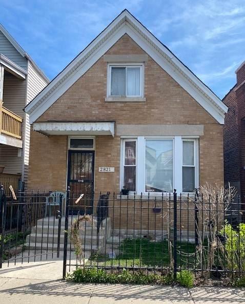 2821 S Karlov Avenue, Chicago, IL 60623 (MLS #11057824) :: RE/MAX IMPACT