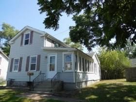 110 N Seminary Avenue, Woodstock, IL 60098 (MLS #11058724) :: Lewke Partners