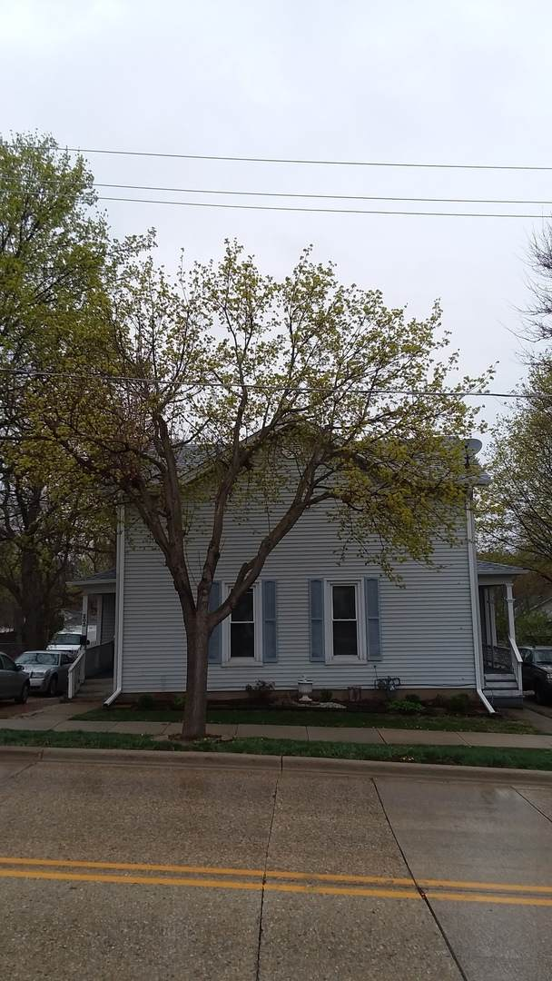 203 E Washington Street E, West Chicago, IL 60185 (MLS #11058751) :: RE/MAX IMPACT